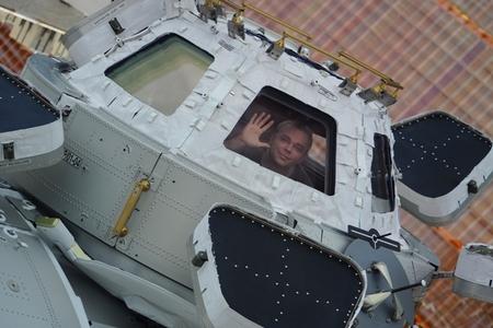 Максим Сураев в модуле Купола. Фото пресс-службы Роскосмоса