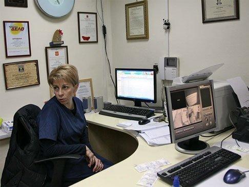 Доктор Лиза мчалась вСирию, чтобы отвезти лекарства для больных детей