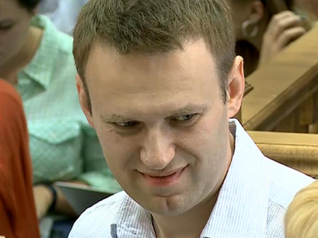 Навальный объявил, что революционной демонстрации 2апреля онотношения неимеет