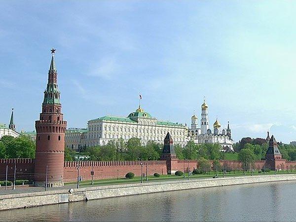 Песков назвал предложенное Путиным оружие гарантией стратегического паритета