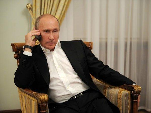 ВКремле поведали овозможности визита Владимира Путина вПариж