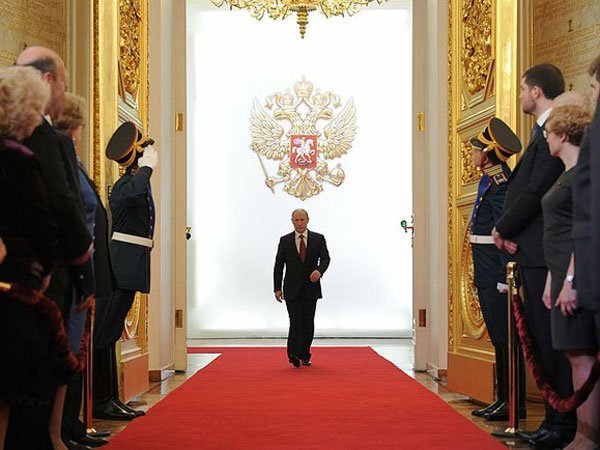 Названо имя диктора, который будет работать наинаугурации Владимира Путина
