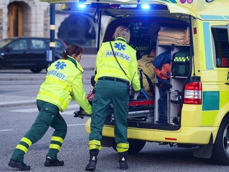 Картинки по запросу скорая помощь в швеции