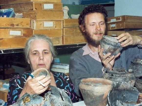 Елена кузьмина член корреспондент археологического института