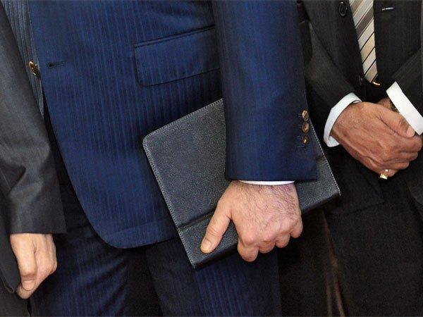 Путин предложил государственной думе обязать врио глав регионов отчитываться одоходах