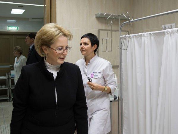 Скворцова сообщила опланах «выбраковывать» медперсонала занепрофессионализм