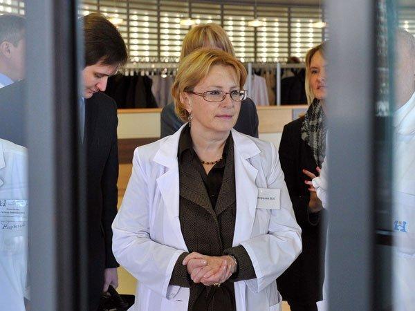 Руководитель Министерства здравоохранения исключила изъятие спиртосодержащих фармацевтических средств изаптек