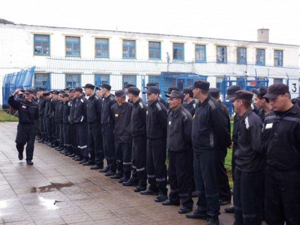 Песков: решений обамнистии вчесть 100-летия революции пока нет