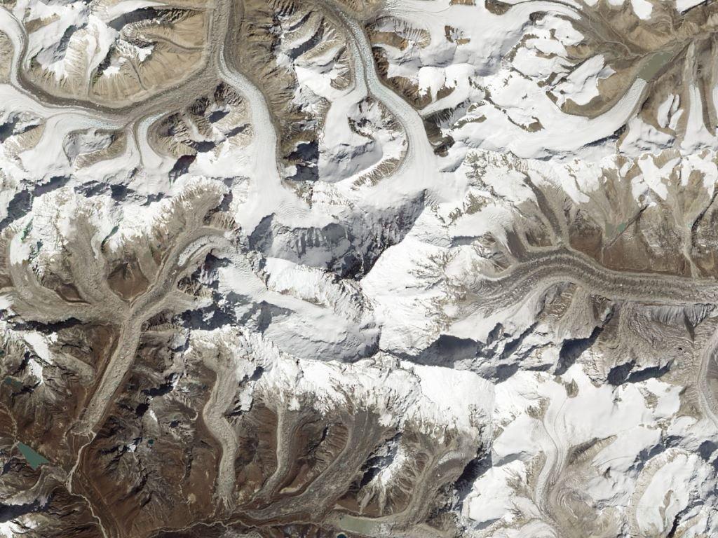 Одну извершин Гималаев назвали вчесть Савченко