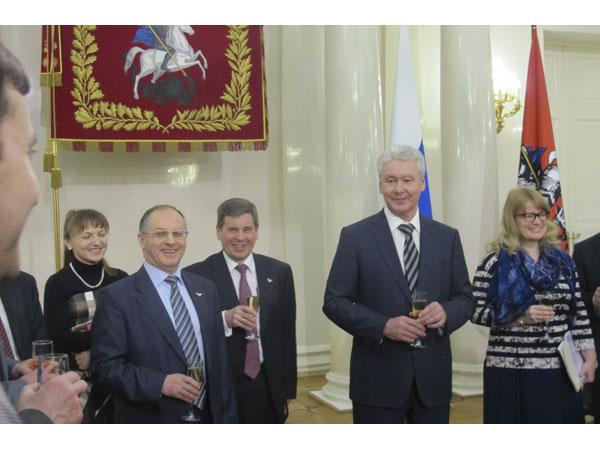 Сергей Собянин поздравил молодых ученых и почетных изобретателей Москвы
