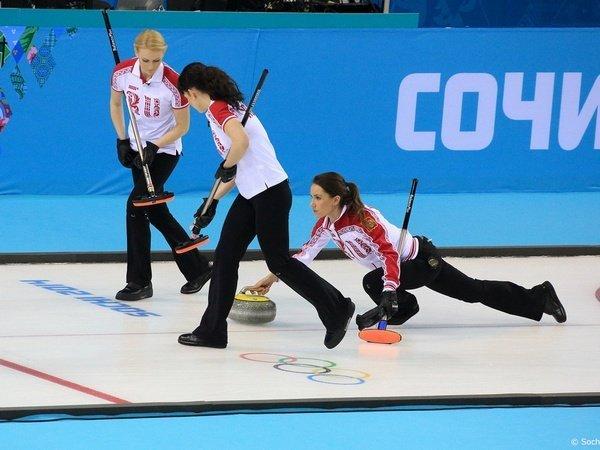 Русские керлингистки победили швейцарок впервом матче начемпионате Европы