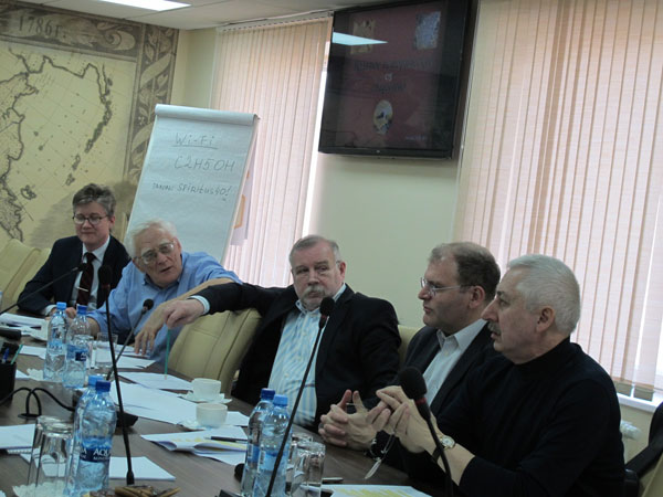 И. Курилла, В. Дятлов, А. Рубцов, А. Иванчик и А. Молдован - одни из учредителей ВИО