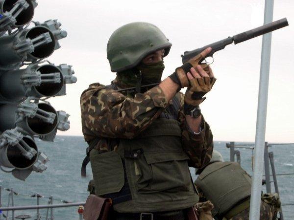 Министерству обороны посоветовали рассмотреть вопрос введения допризывной ивневойсковой подготовки жителей