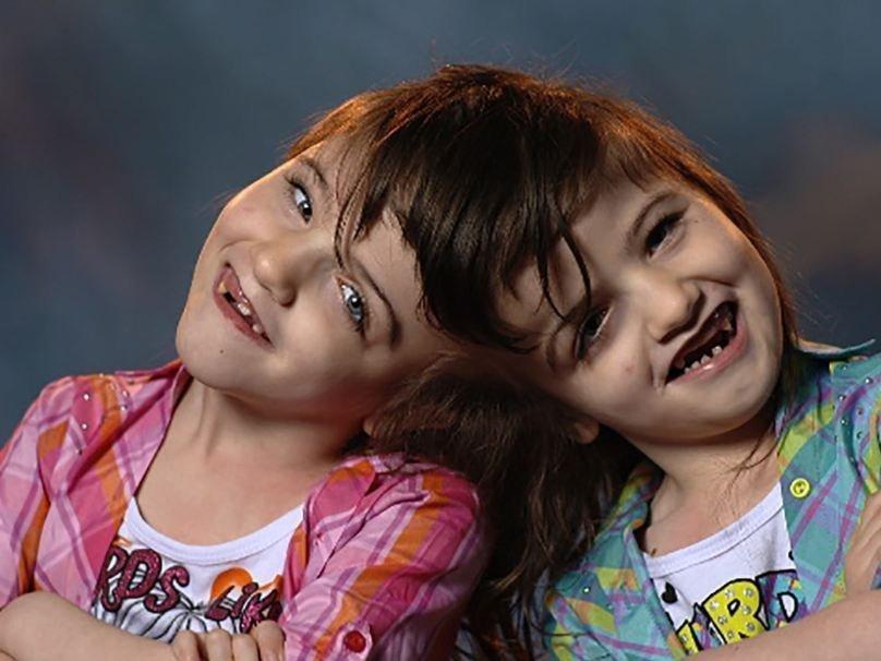 скачать фильм торрент близнецы 2014 - фото 11