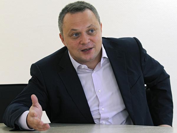 Газета «Ведомости» получила иск отбывшего депутата изКремля