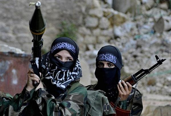 ИГИЛ берет под контроль хлопковые поля, чтобы снабжать индустрию моды