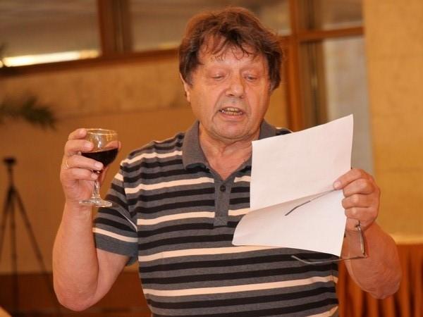 Александр Белавин зачитал приветственный адрес от президента Украинской академии наук Б.Е. Патона