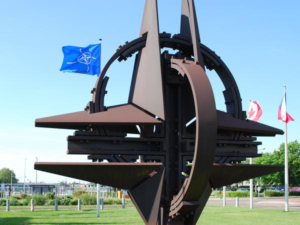 Тыотказала мне два раза: НАТО невыдает визы дипломатам из Российской Федерации