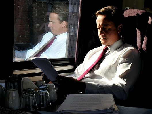 Кэмерон признал владение акциями вофшоре