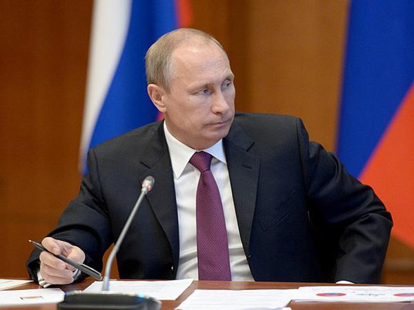 Президент Габона навстрече сПутиным обозначил, что Африка нуждается в РФ
