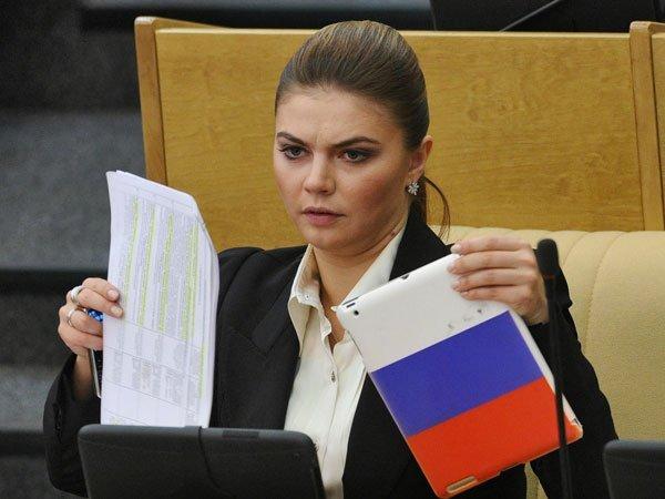 Впроблемном банке РПЦ «Пересвет» хранились деньги Алины Кабаевой