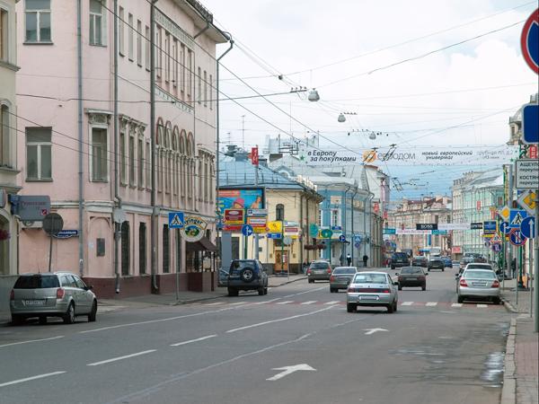 Улица Сретенка в направлении Садового кольца Москва