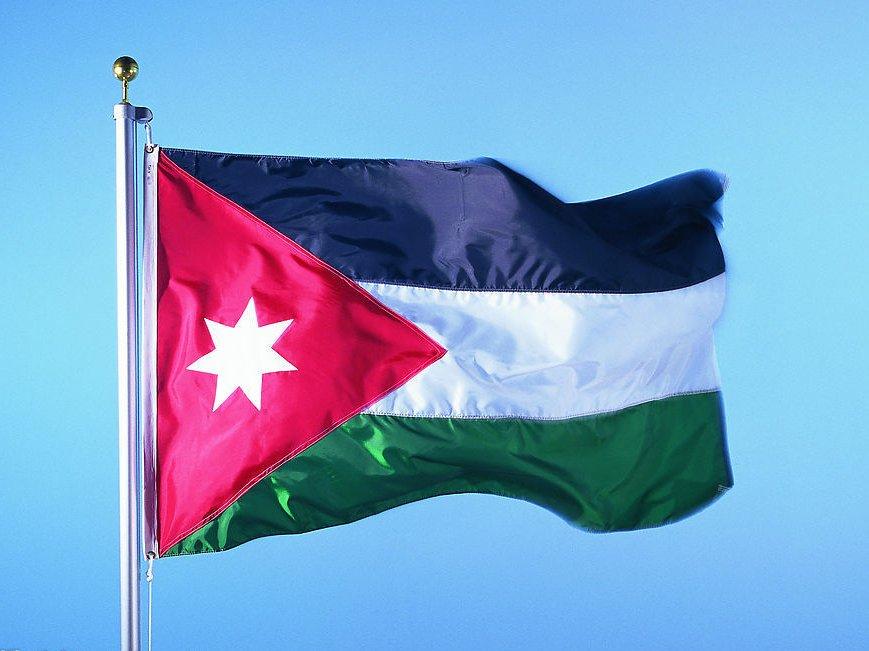 В Иордании боевики атаковали полицию и скрылись в замке с туристами