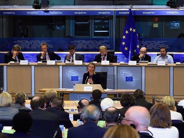 ЕСпродлил санкции противРФ