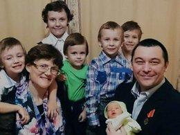 Светлана Давыдова и Анатолий Горлов с детьми