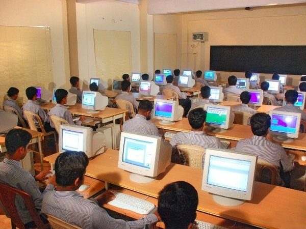 essays computers education These are essays about education and pedagogy as related to computers, computer science and programming my opinion on electrical engineering studies in the technion the quality of the material [which is taught in the technion] is very good, in my opinion.