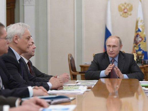 Путин поручил обеспечить темпы роста русской экономики выше мировых
