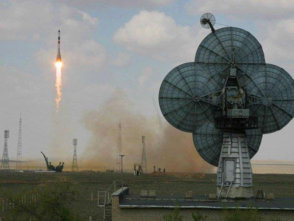 Старт ракеты-носителя Союз-2.1а с космическим грузовиком Прогресс-М27М