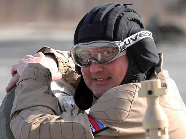 Североамериканская ПРО непредставляет угрозы, наши ракеты разорвут ее— Рогозин