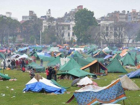 Секс в палаточном лагере