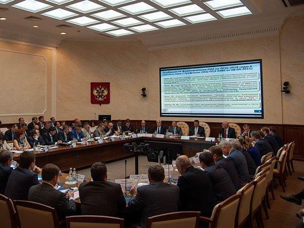 Спад производства в РФ произошел из-за теплой погоды иОПЕК+