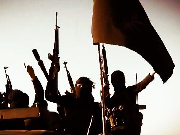 Исламские террористы изэкстремистской группировки напали наармию Сирии одновременно сударом США