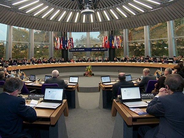 ЕСввел новые экономические санкции против КНДР