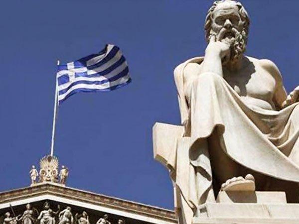 Власти Греции попросили ЕС отменить визы для российских туристов