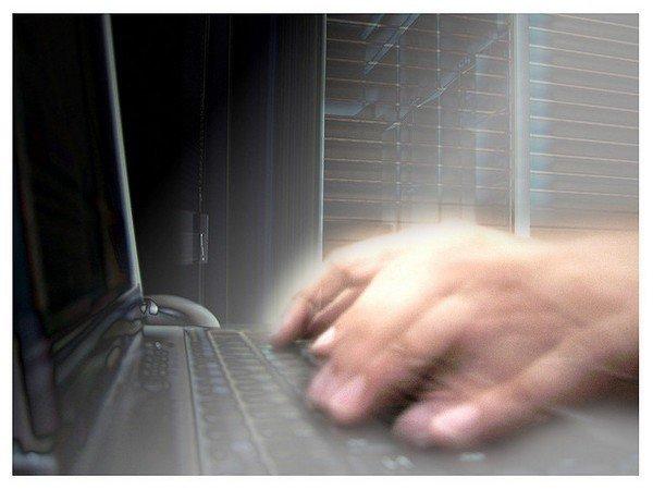 Хакеры провели серию атак насамые большие банки России