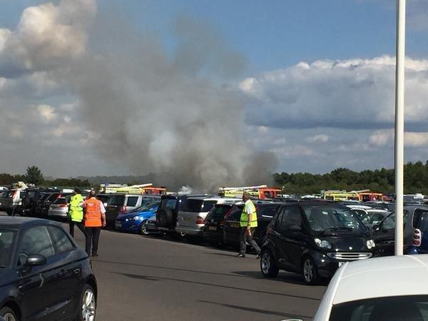Крушение легкомоторного самолета в Великобритании @tubman89 // Twitter