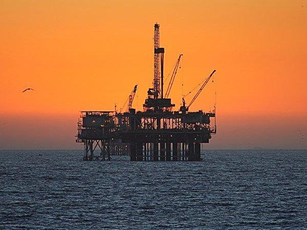 Добыча нефти в Российской Федерации летом сохранилась науровне мая