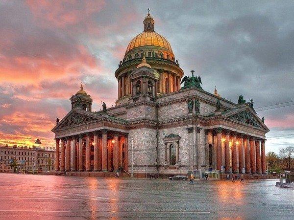 Полтавченко поручил передать Исаакиевский храм РПЦ в 2017-ом