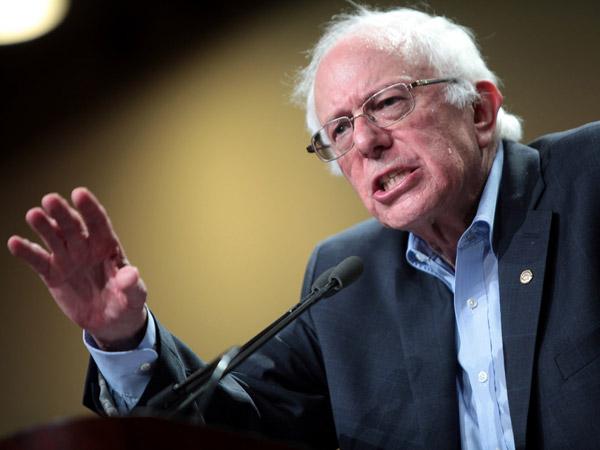 Экс-кандидат впрезиденты США Берни Сандерс подозревается вмошенничестве— CBS