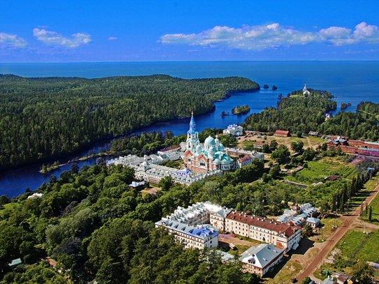 СМИ поведали овладении друзей В.Путина около острова Валаам