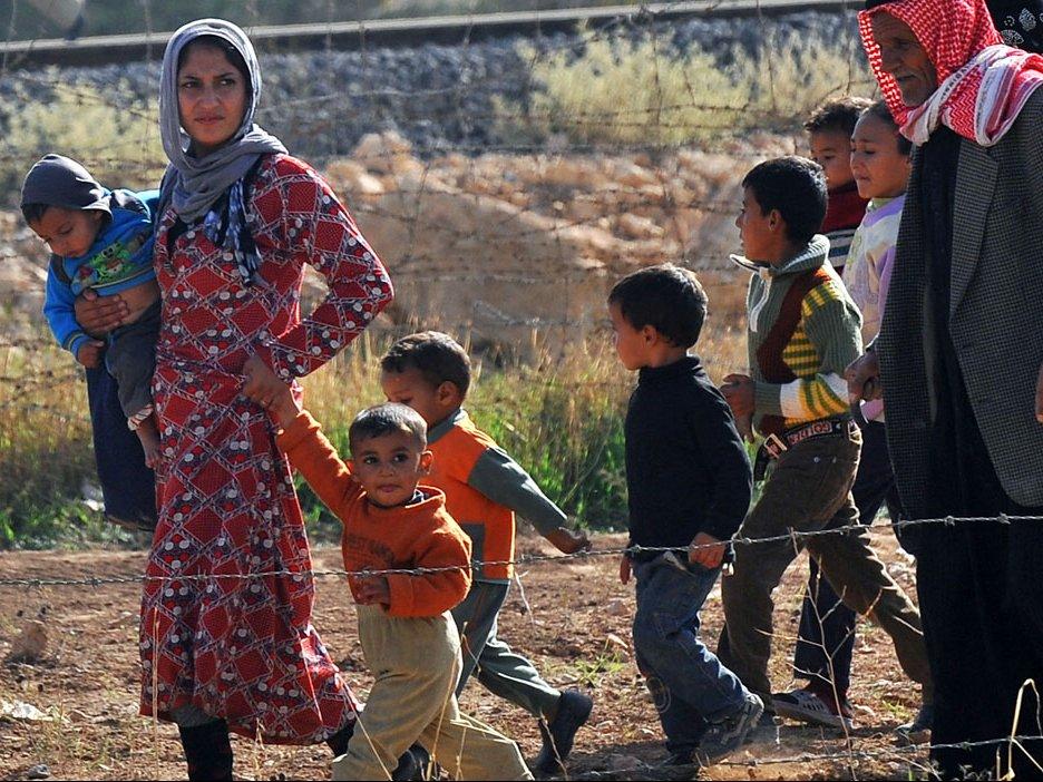 Германия непредоставила статус беженцев семье Ангелы Меркель