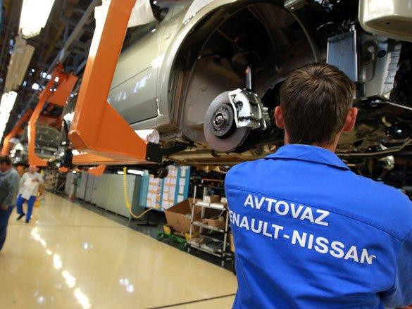 Союз Renault-Nissan стал крупнейшим мировым автопроизводителем