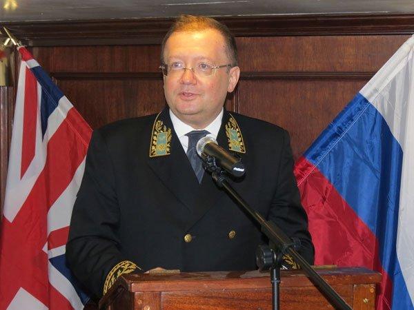 Русский посол пояснил вМИД Великобритании смысл эвакуации боевиков изАлеппо