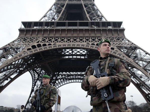 Близкие жертв терактов вБрюсселе иПариже подали иск против социальная сеть Twitter