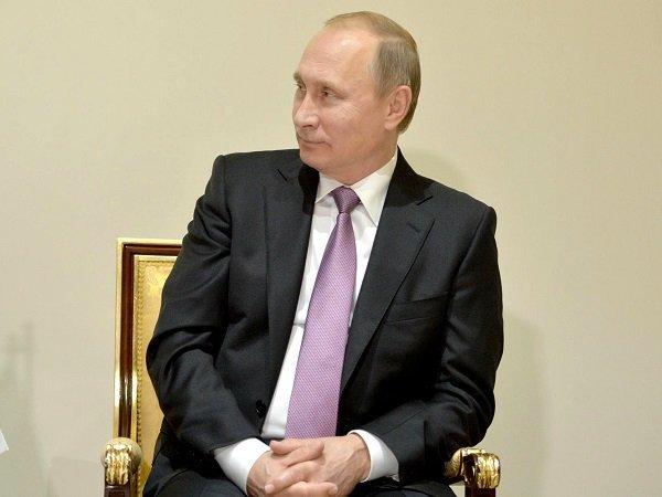 Путин поручил сделать особые ОФЗ для возврата капитала в РФ
