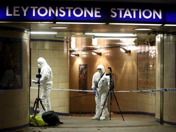 Нападавшего из английского метро приговорили кпожизненному заключению
